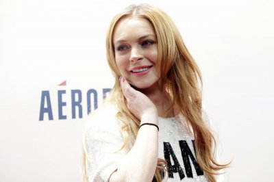 Lindsay Lohan invites Paris Hilton, Britney Spears to her birthday