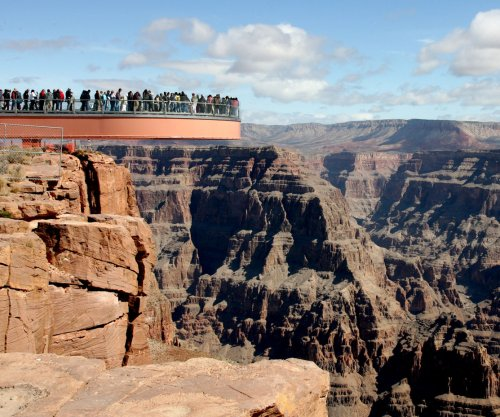 National Park Service proposes entrance fee hikes for 2018