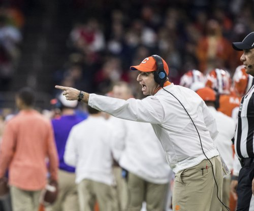 College Football early Top 25 poll: Clemson Tigers toe early line for No. 1 poll position