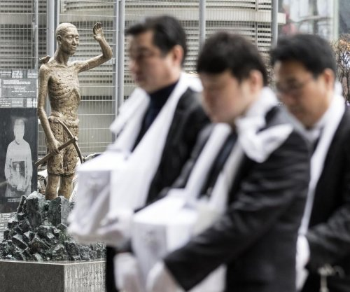 Activists at odds with Seoul over forced laborer statue