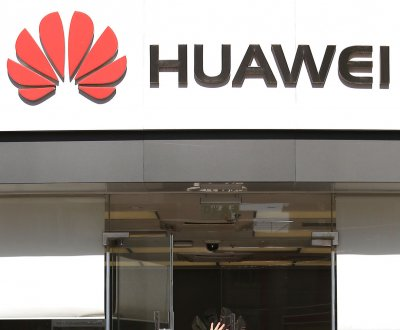 Huawei sues FCC in bid to fight off U.S. restrictions