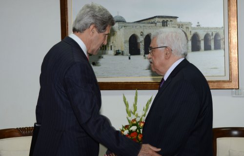 Report says Abbas willing to resume talks