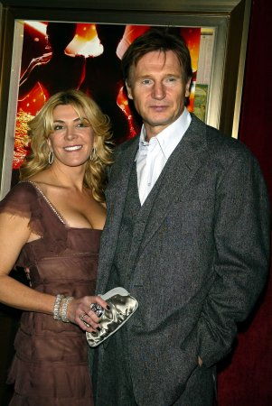 Neeson says ski resort didn't reach out to him after wife's death