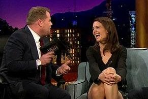 Katie Holmes tiptoes around awkward question on 'Late Late Show'