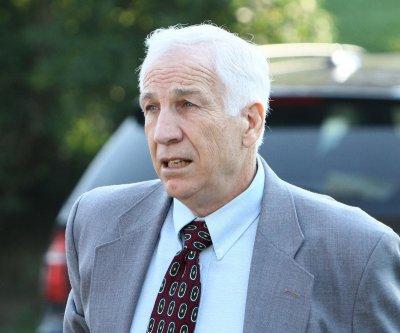 Convicted child molester Jerry Sandusky granted hearing