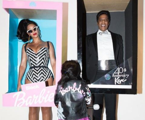 Beyonce and Jay Z dress as Barbie and Ken for Halloween