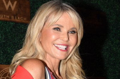 Christie Brinkley, Anthony Michael Hall set for 'Vacation'-themed 'Goldbergs'