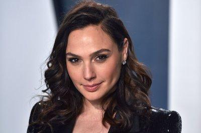 Gal Gadot: 'Wonder Woman 1984' speaks to 'danger in greed'