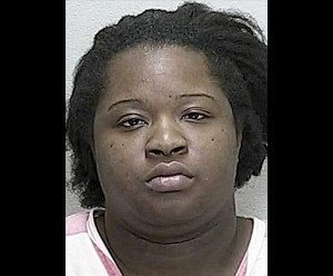 Woman allegedly burns boyfriend's genitals