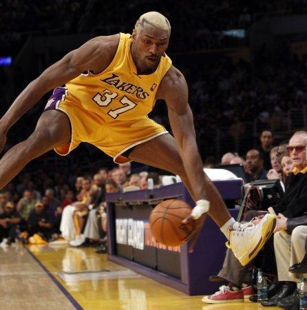 NBA: LA Lakers 111, Oklahoma City 87