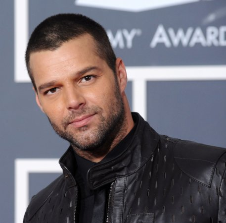 Ricky Martin to star in 'Evita' revival