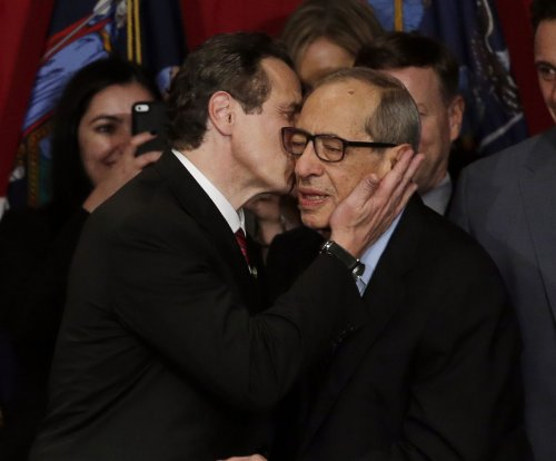 Former N.Y. Gov. Mario Cuomo remembered as eloquent liberal