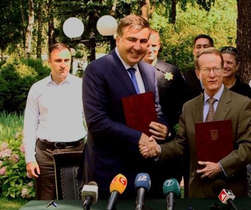 Saakashvili signs deal with U.S. for regional support of Odessa