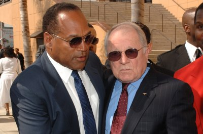 Lawyer F. Lee Bailey dead at 87
