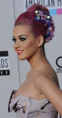 Katy Perry denies divorce rumors