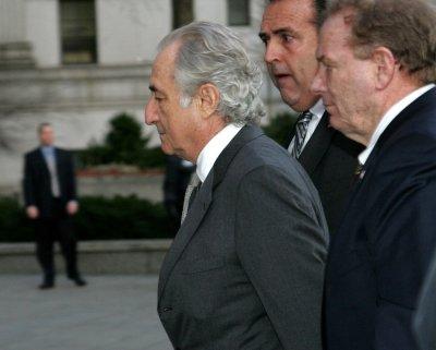 Lawyers in Madoff case earn $318.4 million