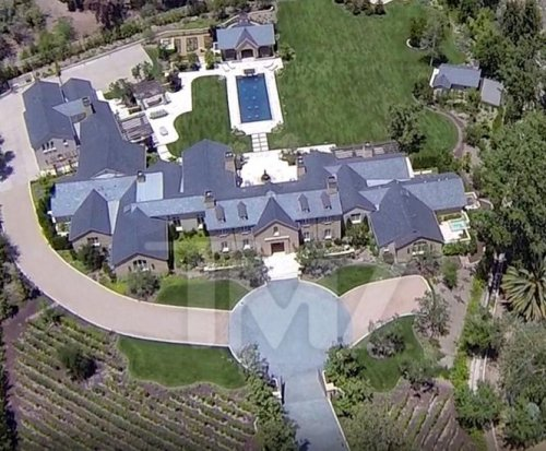 Kim Kardashian and Kanye West buy $20 million estate