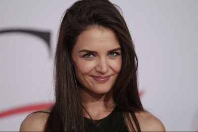Katie Holmes, Laverne Cox, Usher to help out at Global Citizen Festival in NYC