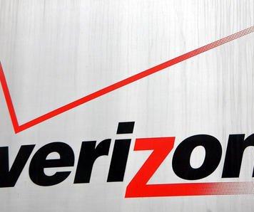 Labor secretary helps Verizon, unions return to bargaining table