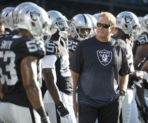 Oakland Raiders reward Jack Del Rio with new contract