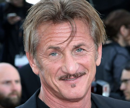 Sean Penn to star in sci-fi series 'The First'