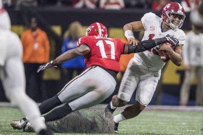 CFB Notebook: Alabama QB Tagovailoa to start again