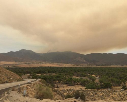 2 dead, 200 homes burned in Central California wildfire
