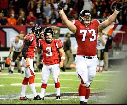 Atlanta Falcons RT Ryan Schraeder restructures deal