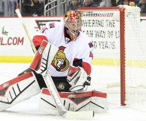 Ottawa Senators score important win over Boston Bruins