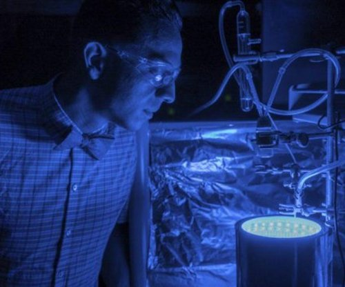Artificial photosynthesis turns greenhouse gases into clean air