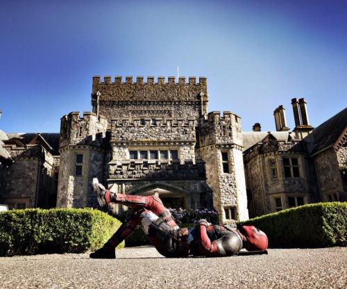 Ryan Reynolds shares 'Deadpool 2' set photo featuring the X-Mansion