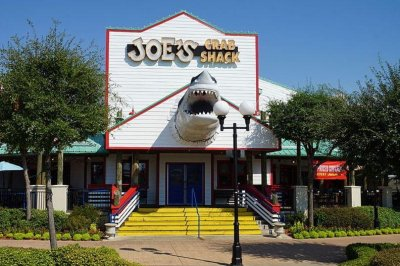 Joe's Crab Shack abruptly closes 40 locations amid bankruptcy proceedings