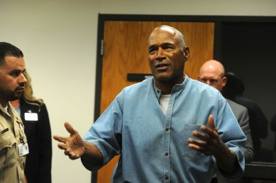 Florida AG Bondi objects to possible O.J. Simpson Florida move