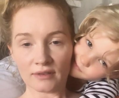 Kimberly Van Der Beek 'healing' after near-fatal miscarriage