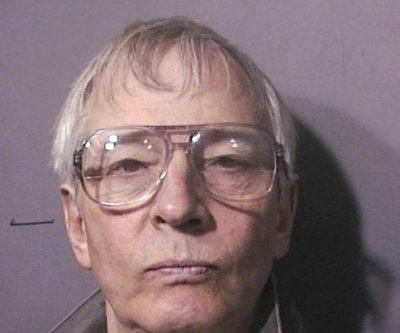 Murder trial of Robert Durst begins with jury selection