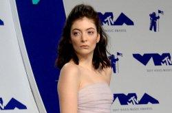 Lorde celebrates the beach in 'Solar Power' video, announces new album