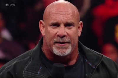 Goldberg staying in WWE, announces entry into Royal Rumble match