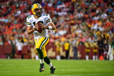 Chicago Bears face dangerous Aaron Rodgers, Green Bay Packers on short week