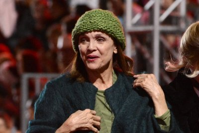Valerie Harper, star of 'Rhoda,' dies at 80