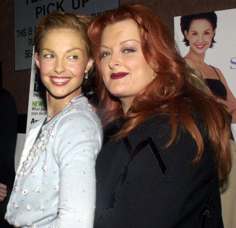 Ashley Judd claims sister Wynonna tried to spy on her via GPS