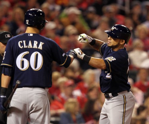 Fiers, Parra help Milwaukee Brewers to 4-1 win