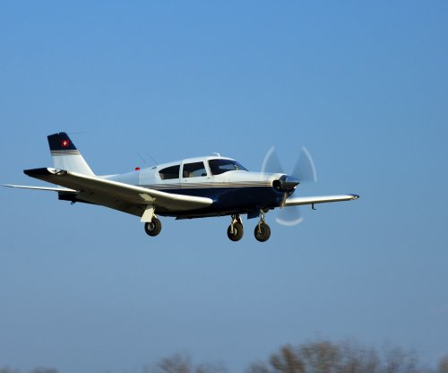 Small plane crash kills 3 in North Dakota