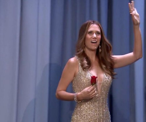 Kristen Wiig impersonates 'The Bachelorette's' JoJo for Jimmy Fallon interview