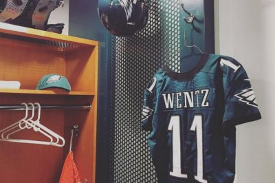 Philadelphia Eagles impressed with Carson Wentz's poise