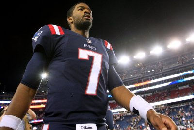 Jacoby Brissett, New England Patriots embarrass Houston Texans