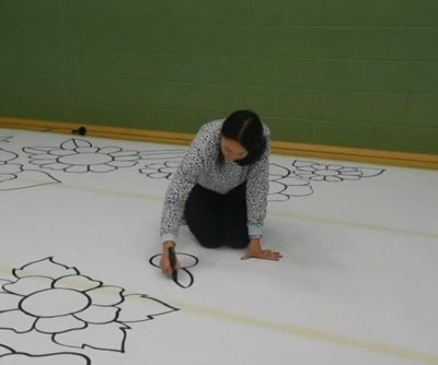Scottish artist creates 4,520-square-foot drawing for Guinness record