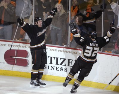 Getzlaf leads NHL players of the week