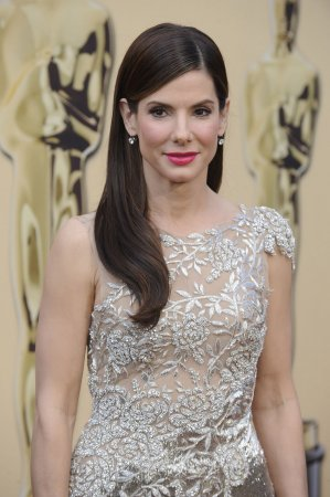 Oscars ceremony under way in LA