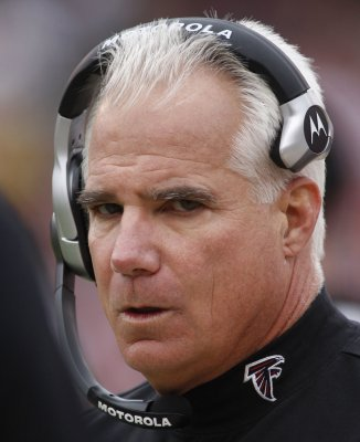 Atlanta coach, Washington players fined