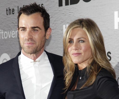 Jennifer Aniston talks Justin Theroux wedding